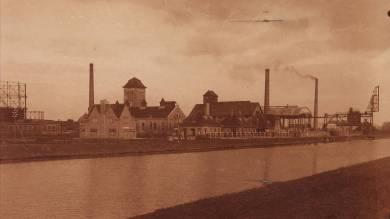 Gasfabriek aan het kanaal